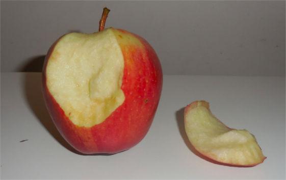 pomme coupée crise enfant